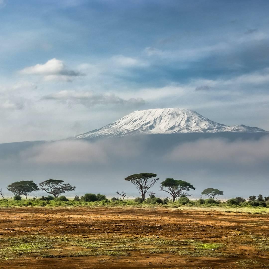 Custom-Travel-Planner-Network-10-Kenya-Amboseli-National-Park