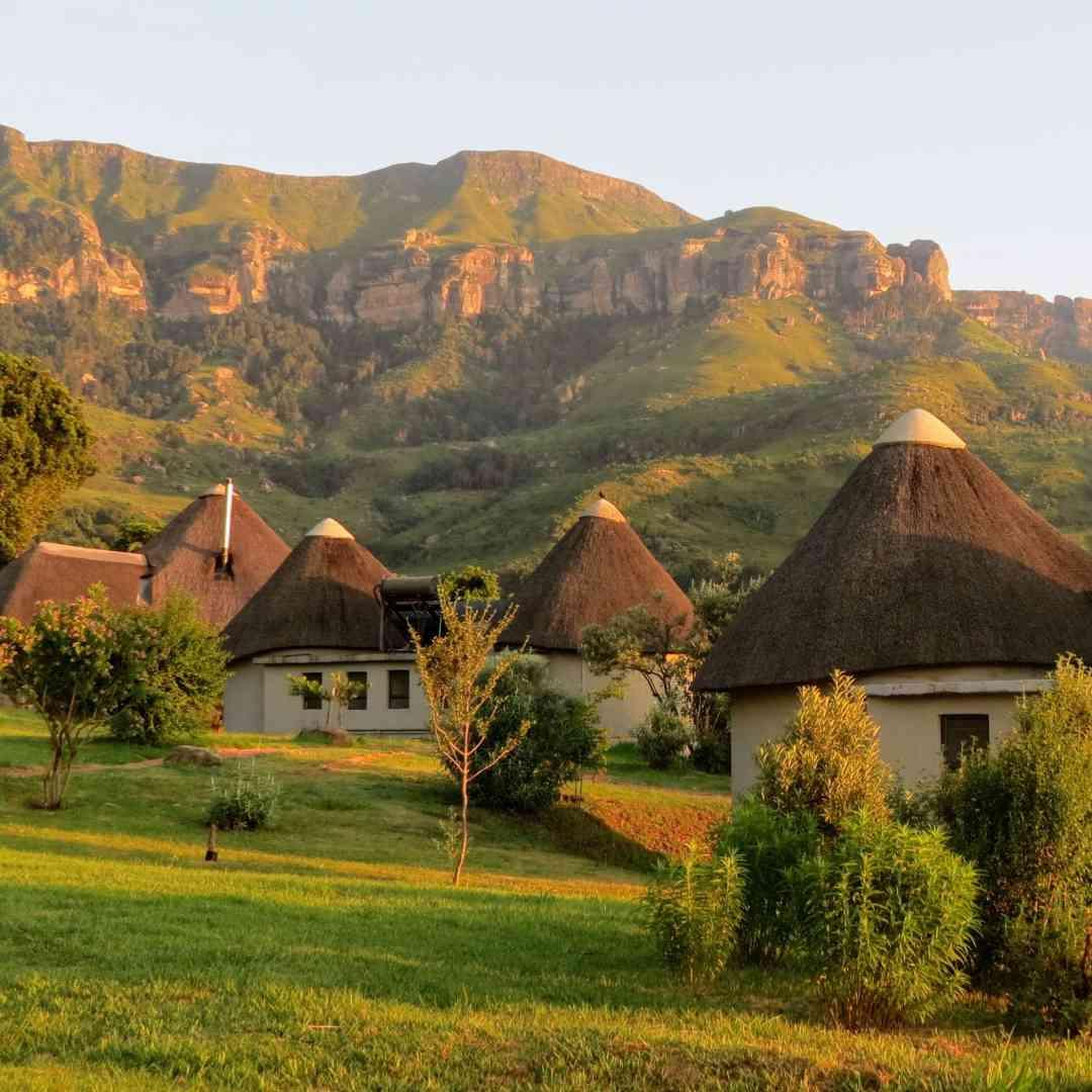 Custom-Travel-Planner-Network-10-SM-South-Africa-Drakensberg-Mountains