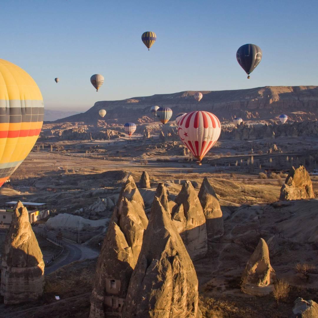 Custom-Travel-Planner-Network-3-SM-Turkey-Cappadocia-Balloon-Event