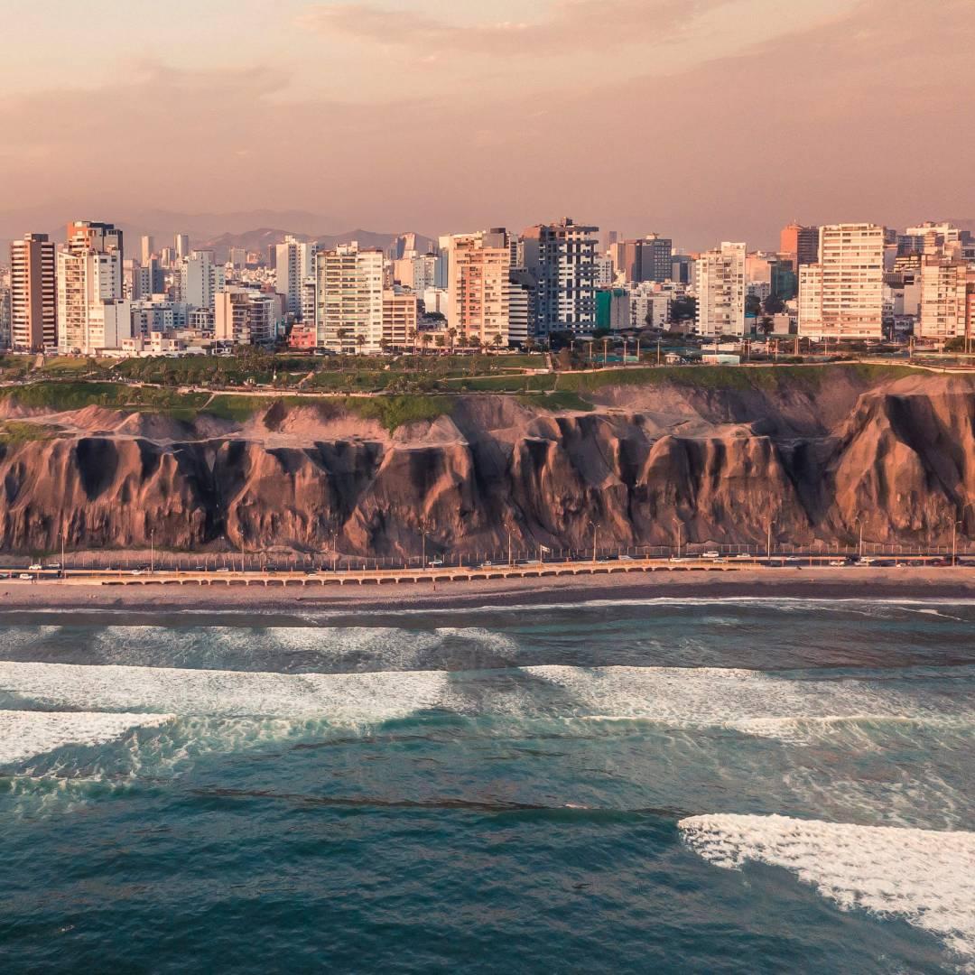 Custom-Travel-Planner-Network-4-Peru-Lima-Miraflores-Coast