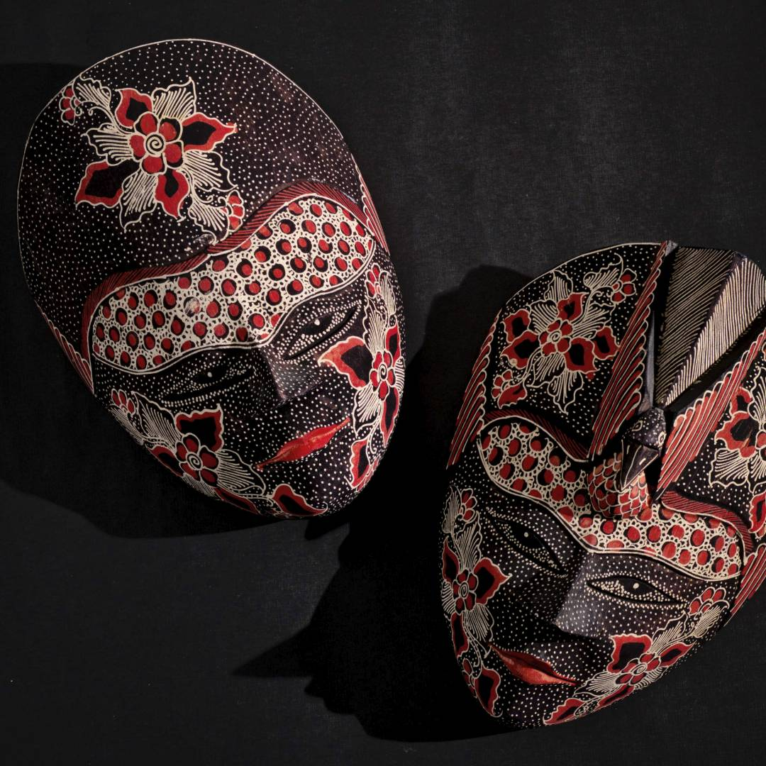 Custom-Travel-Planner-Network-6-Indonesia-Javanese-Batik-Wood-Masks