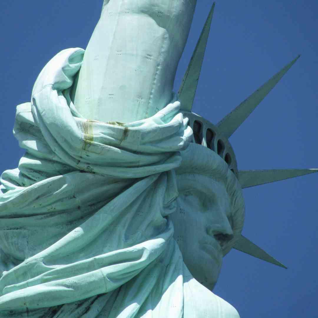 Custom-Travel-Planner-Network-6-SM-New-York-Statue-of-Liberty