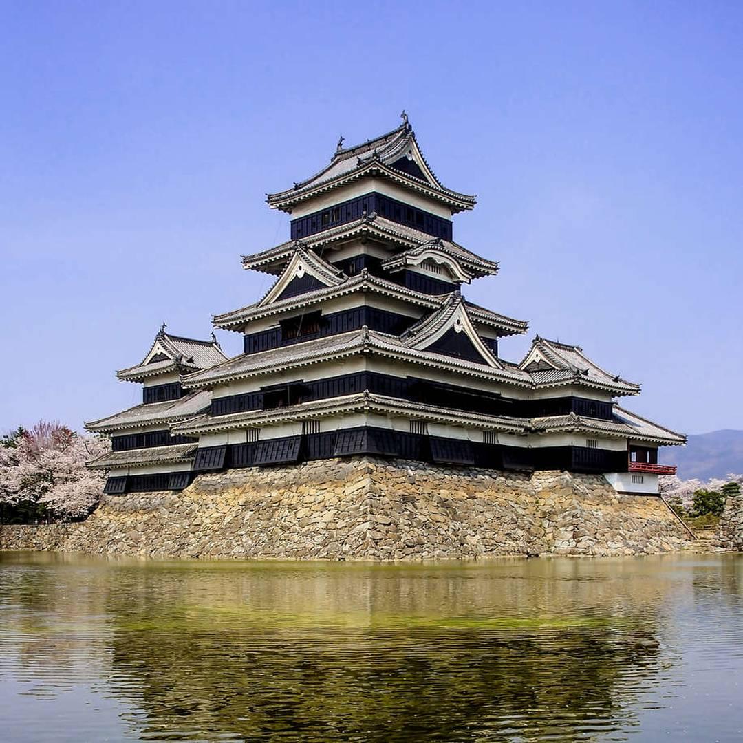 Custom-Travel-Planner-Network-7-Japan-Matsumoto-Castle-