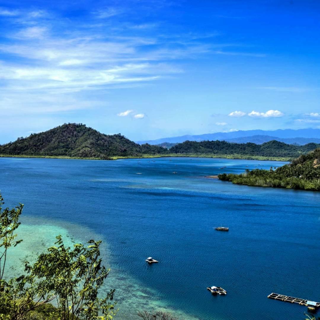 Custom-Travel-Planner-Network-8-Indonesia-Tomini-Bay