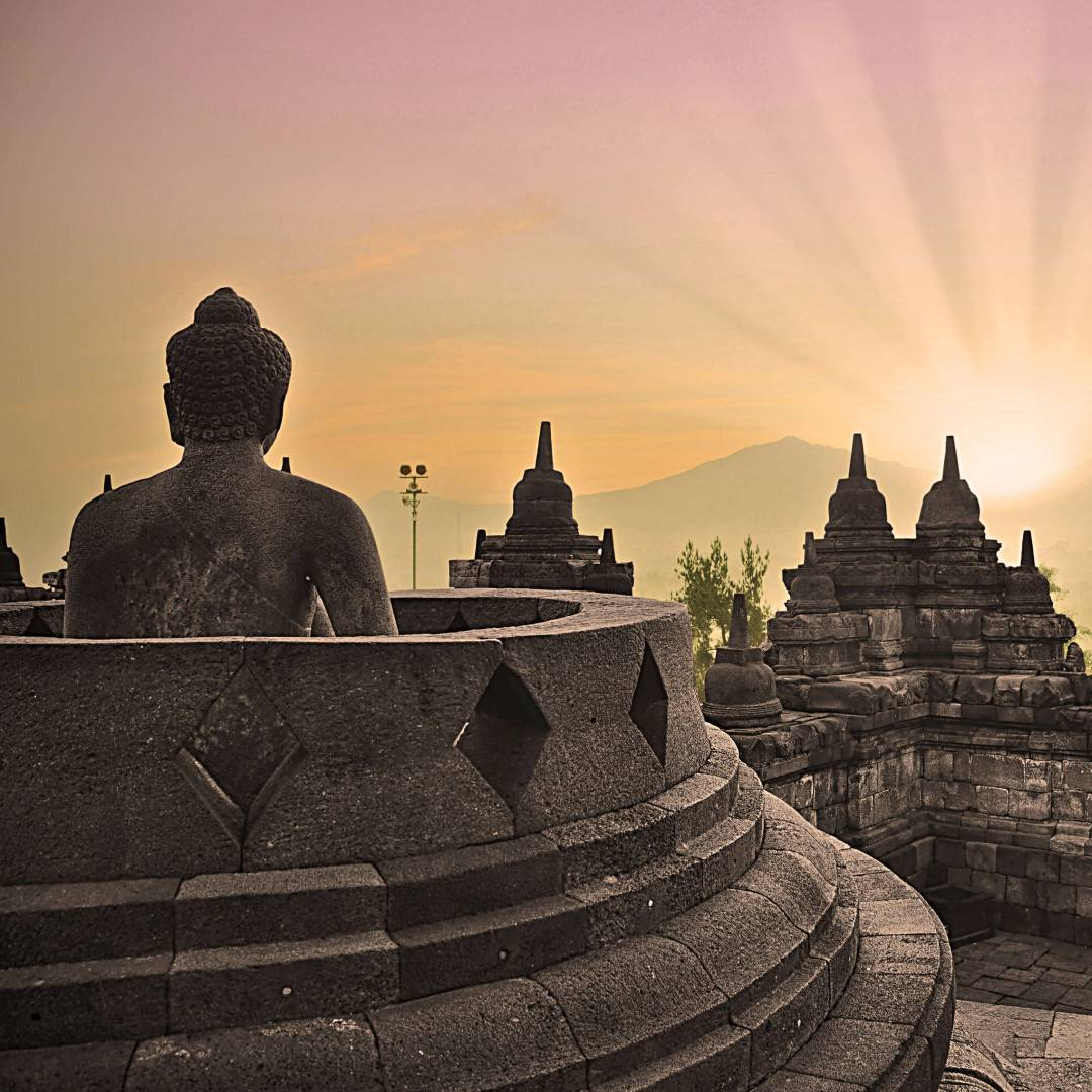 Custom-Travel-Planner-Network-9-Indonesdia-Borobudur-Temple