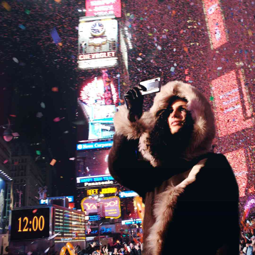 Custom-Travel-Planner-Network-9-SM-New-York-New years Eve-Times-Square