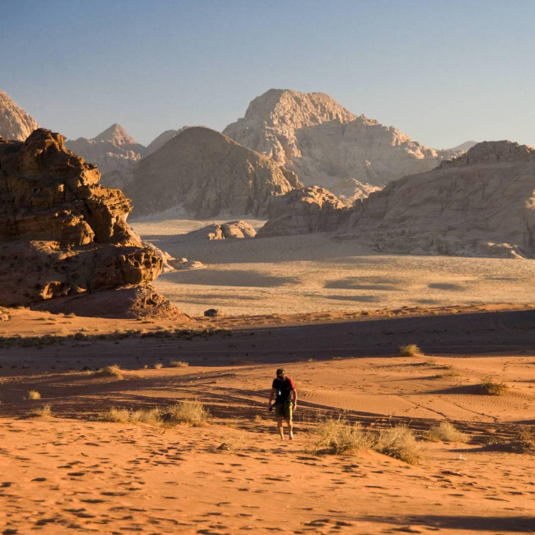 Custom-Travel-Planner-Network-2-SM-Jordan-Wadi-Rum