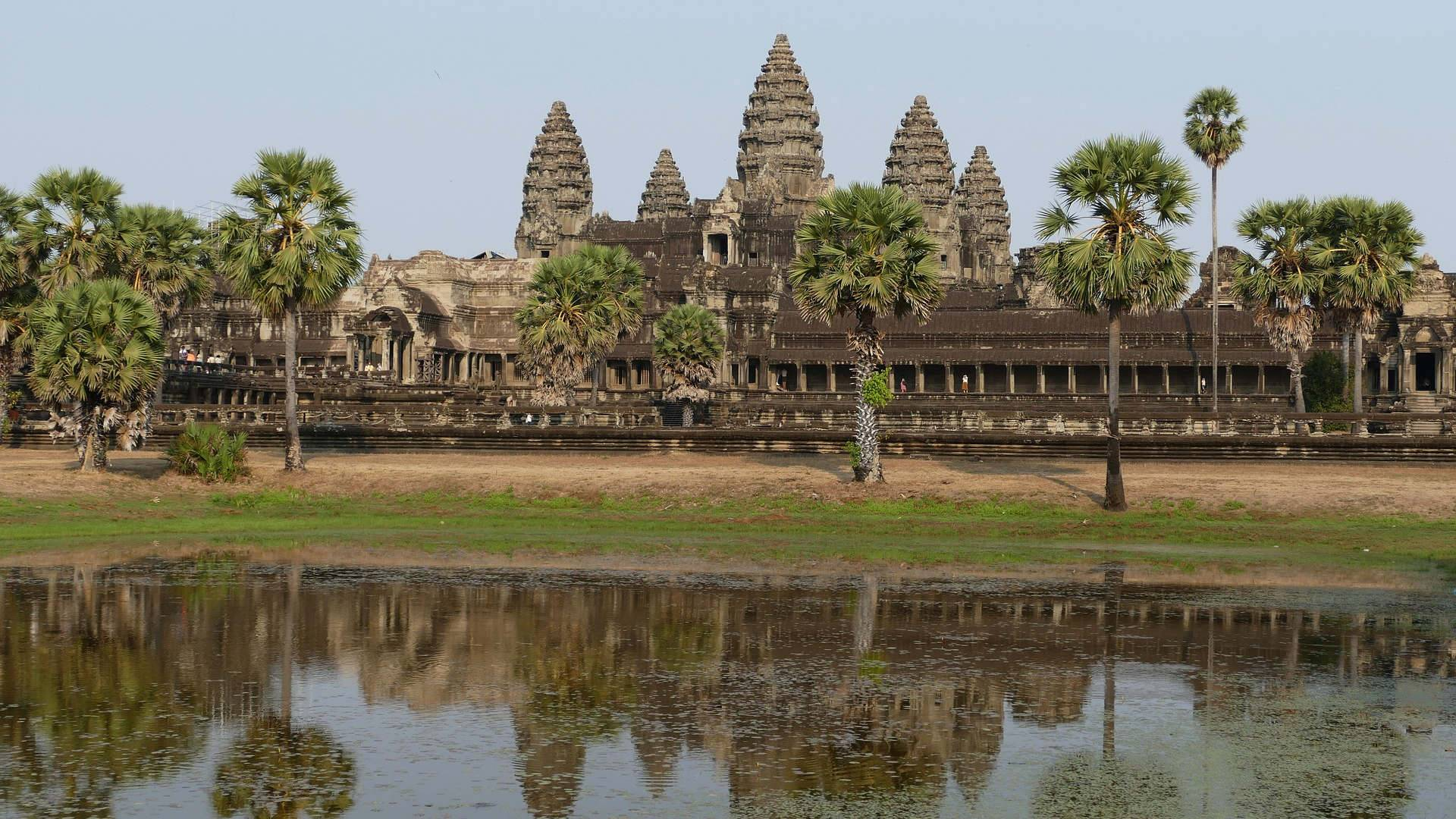 Custom-Travel-Planner-Network-Cambodia-Angkor-Wat