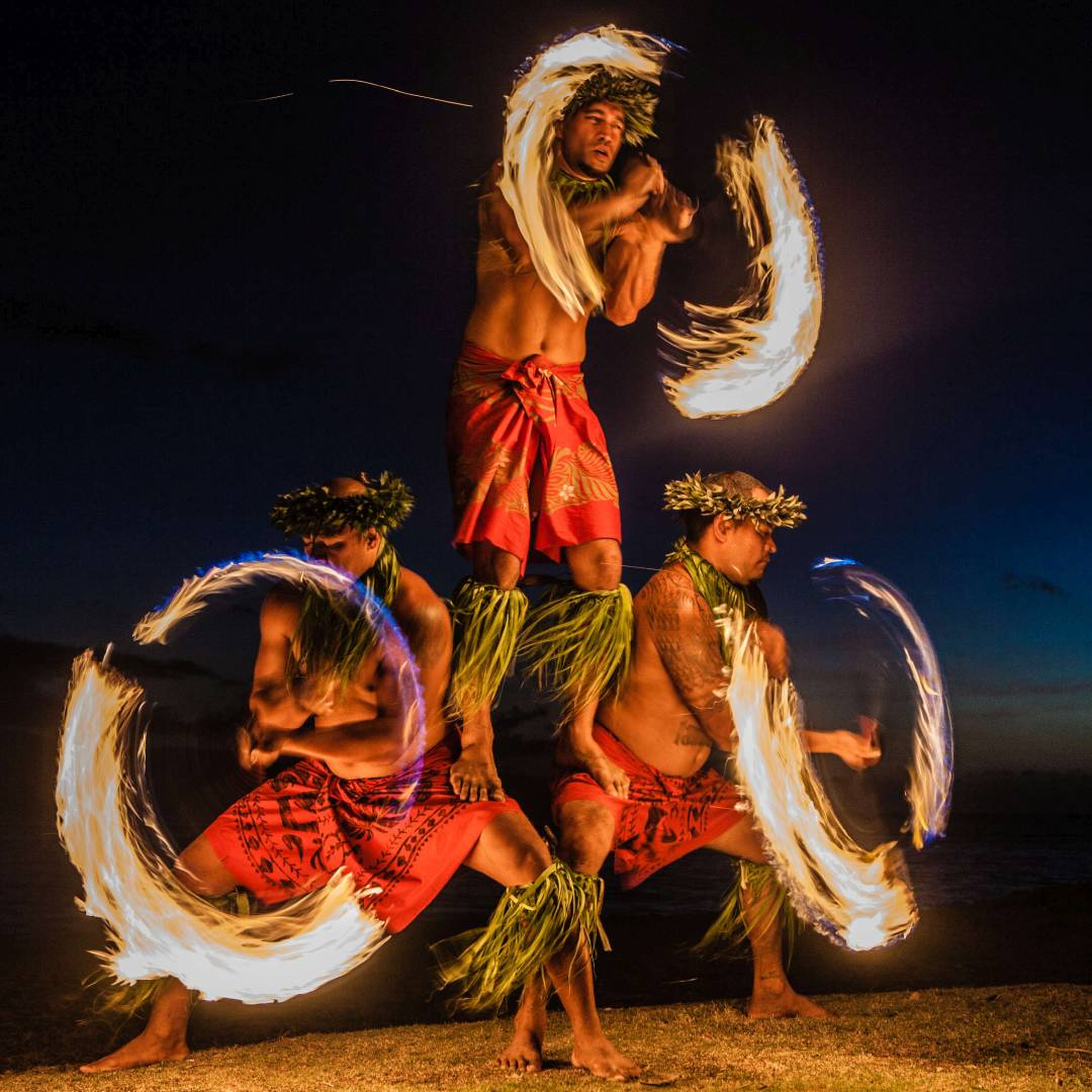Custom-Travel-Planner-Network-3-SM-Hawaii-Luau-Fire-Demo-