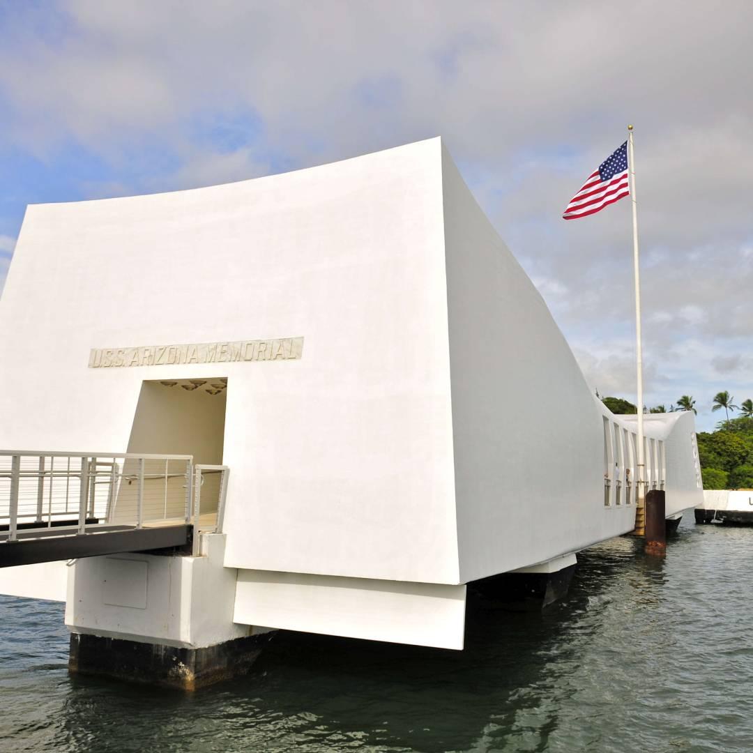 Custom-Travel-Planner-Network-7-SM-Hawaii-Arizona-Memorial