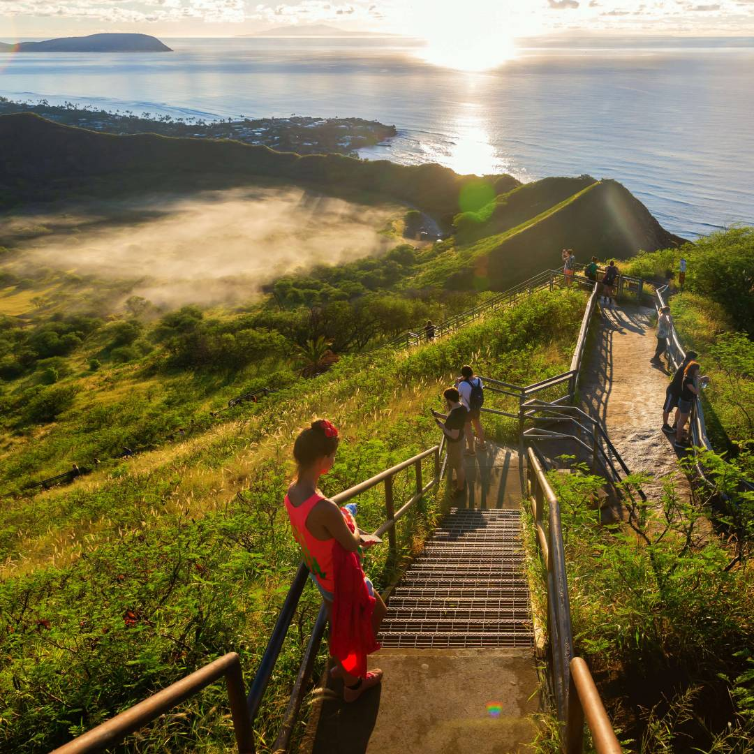 Custom-Travel-Planner-Network-9-SM-Hawaii-View-from-Diamondhead