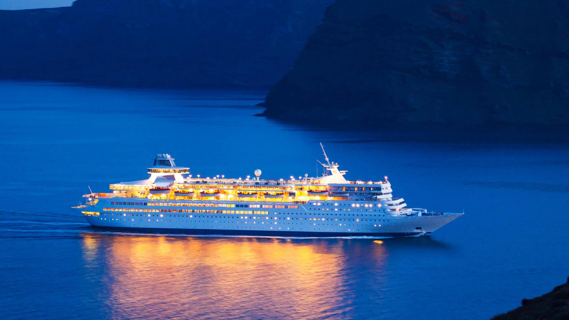 Custom Travel Planner Network-Cruises-Night Cruising