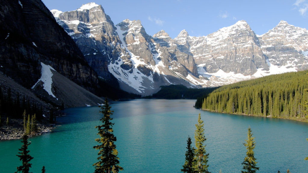 Custom Travel Planner Network-Canada-Lake Moraine Alberta