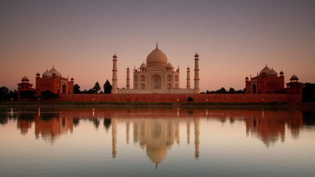 Custom Travel Planner Network-India-Taj Mahal