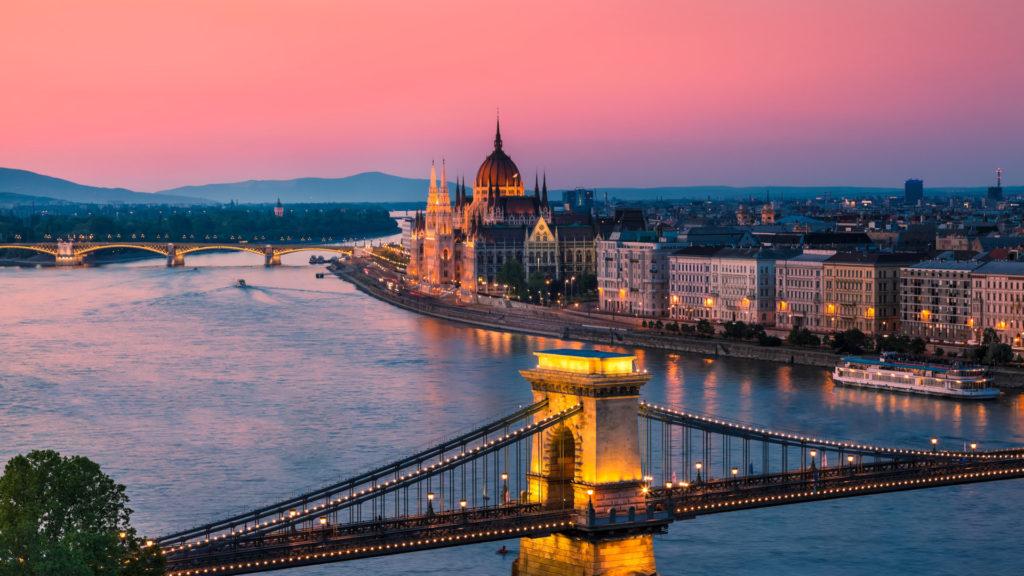 Custom Travel Planner Network-Hungary-Budapest