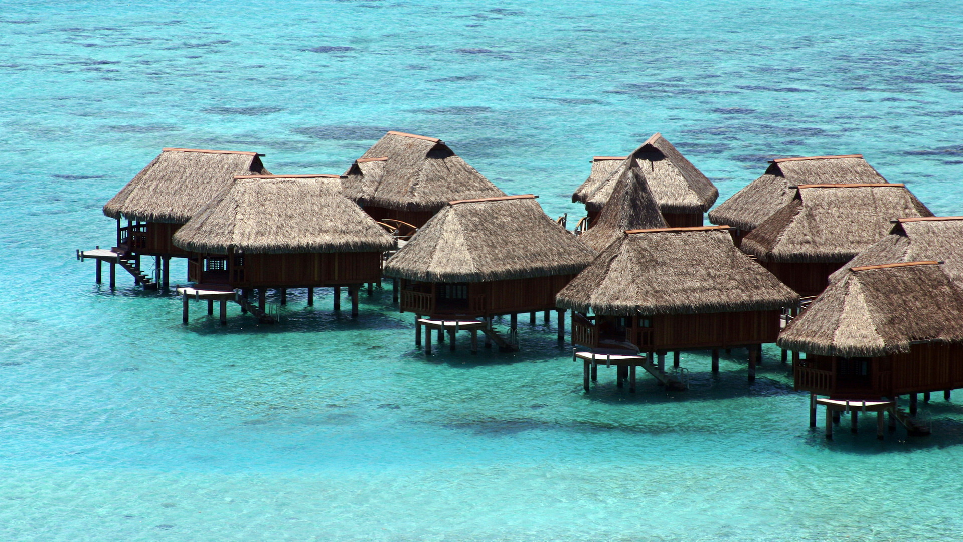 Custom Travel Planner Network-Tahiti-Overwater Bungalows