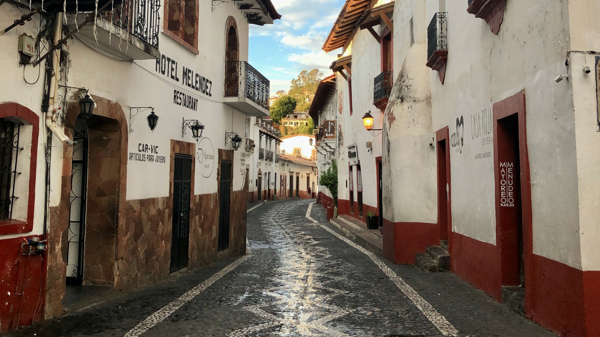 Custom Travel Planner Network-Mexico-Streets of Taxco