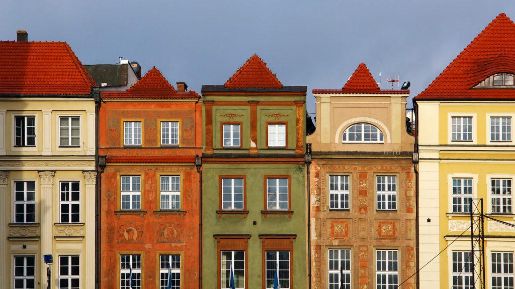 Custom Travel Planner Network-Poland-Poznan Market Street