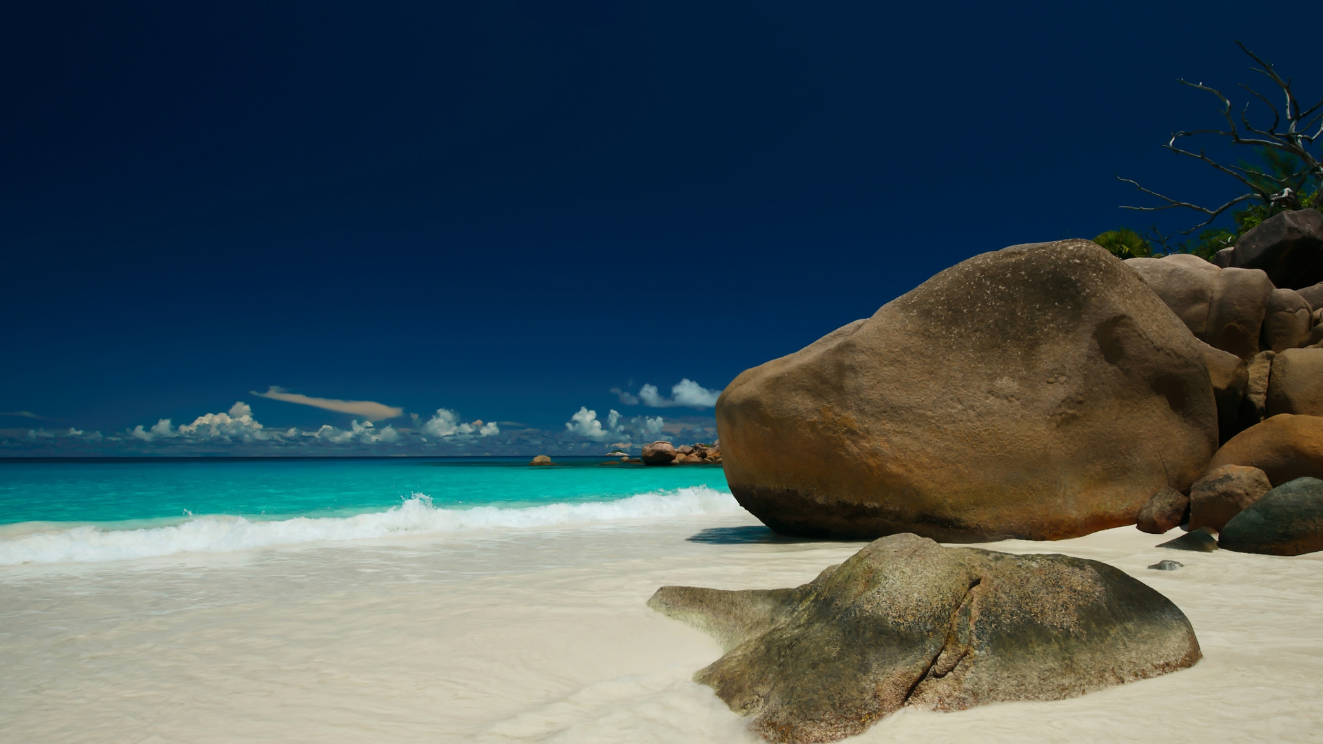Custom Travel Planner Network-Seychelles-Tranquil Beach