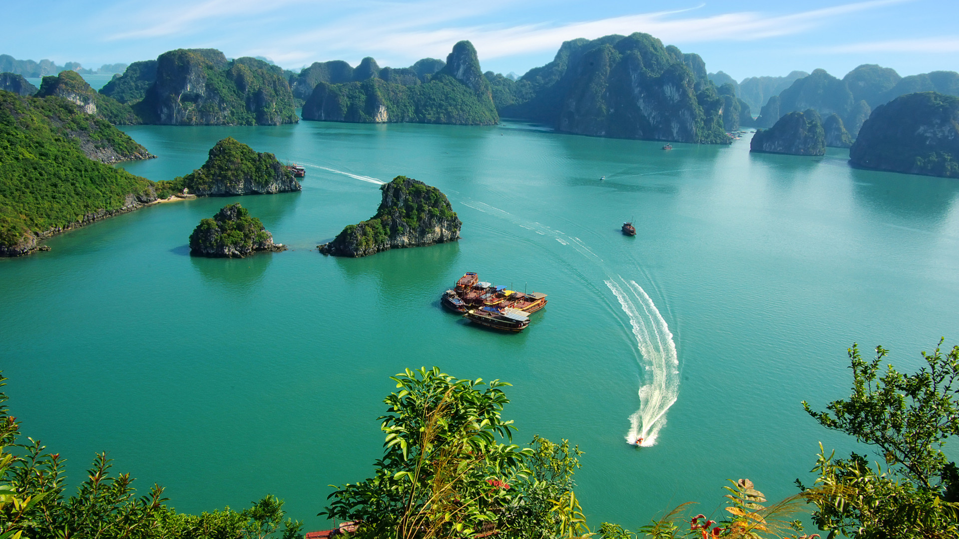 Custom Travel Planner Network - Vietnam - Ha Long Bay