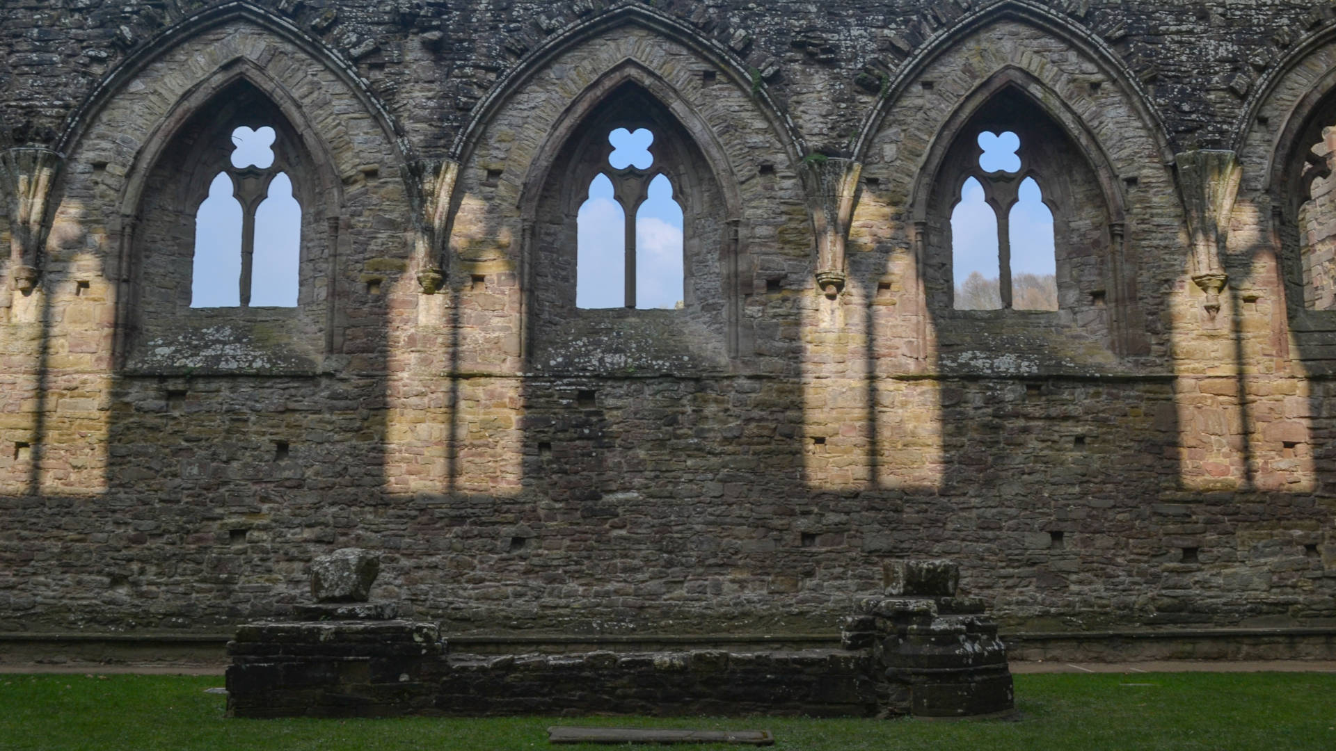 Custom Travel Planner Network-Wales-Tintern Abbey