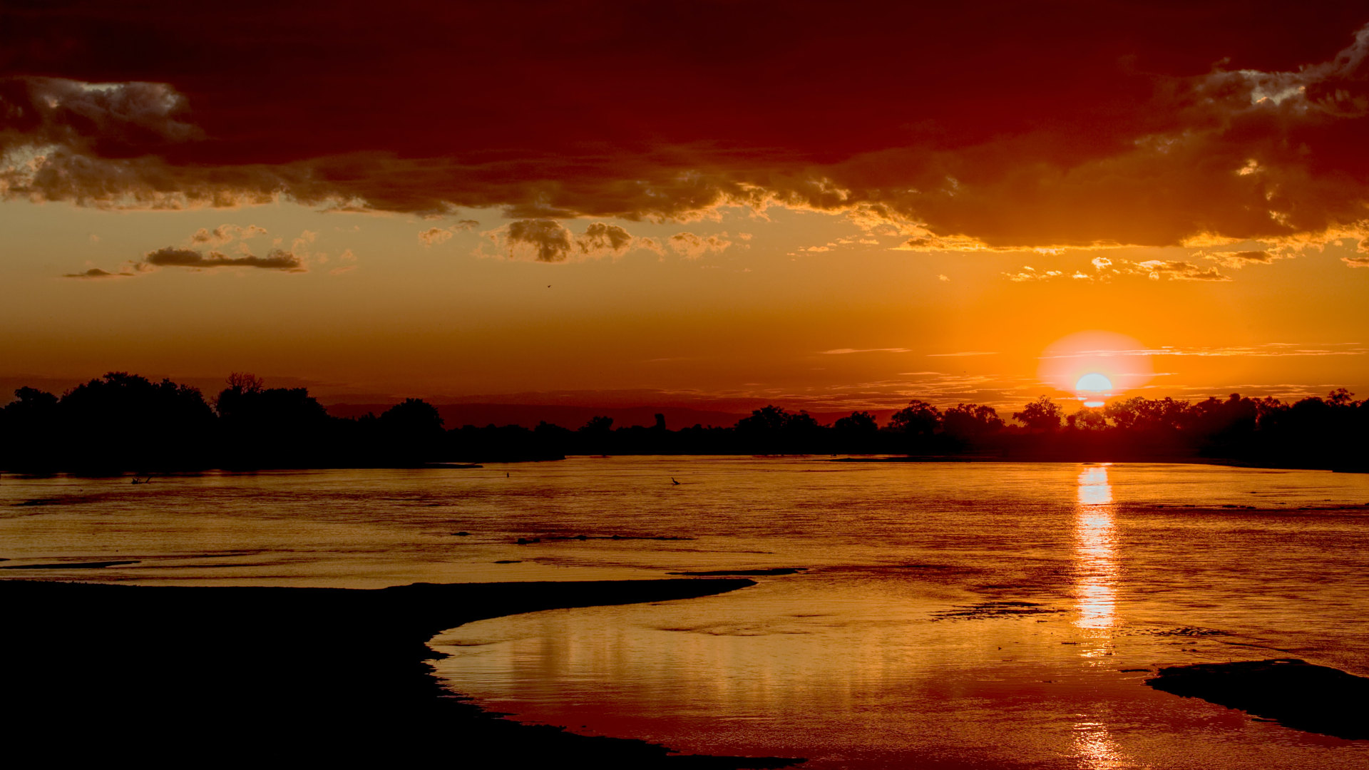 Custom Travel Planner Network-Zambia-South Luangwa Sunset
