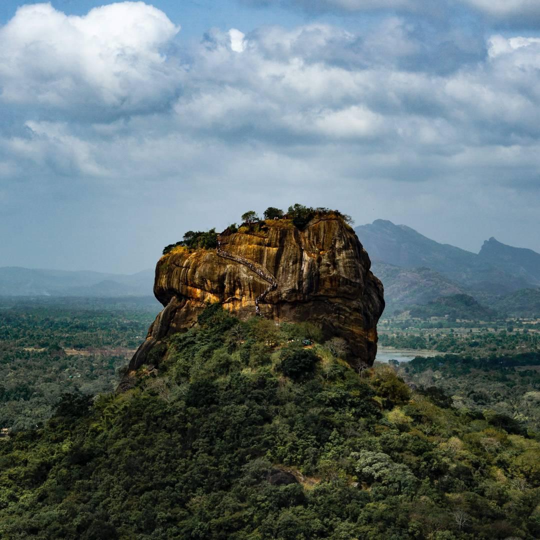 Custom-Travel-Planner-Network-1-SM-Sri-Lanka-Sigiriya-Rock