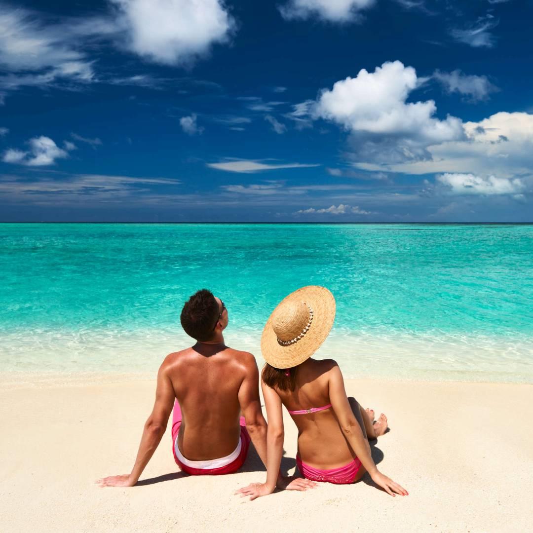 Custom-Travel-Planner-Network-1-Maldives-Beach-Scene