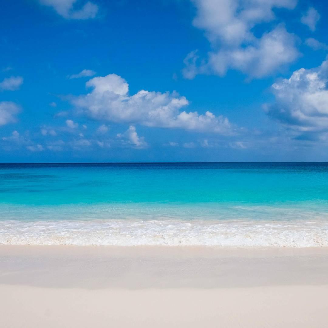 Custom-Travel-Planner-Network-3-Seychelles-La-Digue