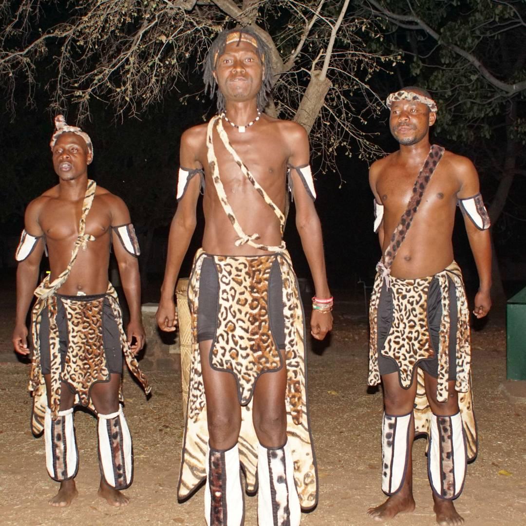 Custom-Travel-Planner-Network-4-Zimbabwe-African-Dancer-Show
