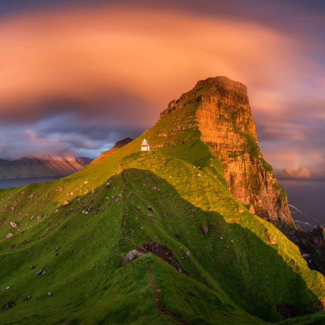 Custom-Travel-Planner-Network-6-Faroe-Islands-Sunset-Kallur-Lighthouse
