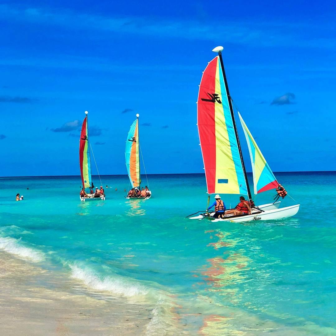 Custom-Travel-Planner-Network-7-Cuba-Santa-Maria-Sailing