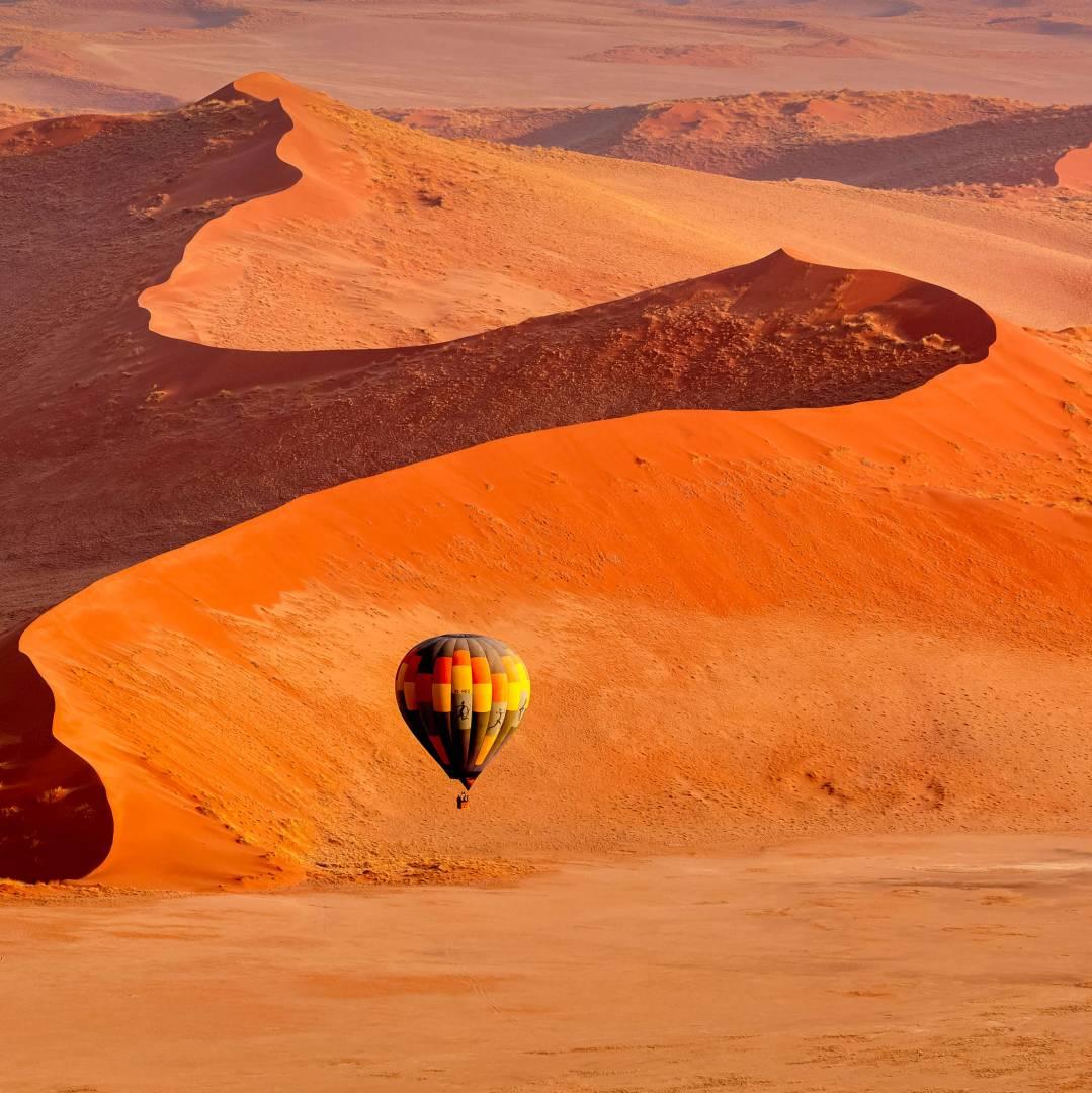 Custom-Travel-Planner-Network-8-SM-Namibia-Sossusvlei-Hot-Air-Balloon