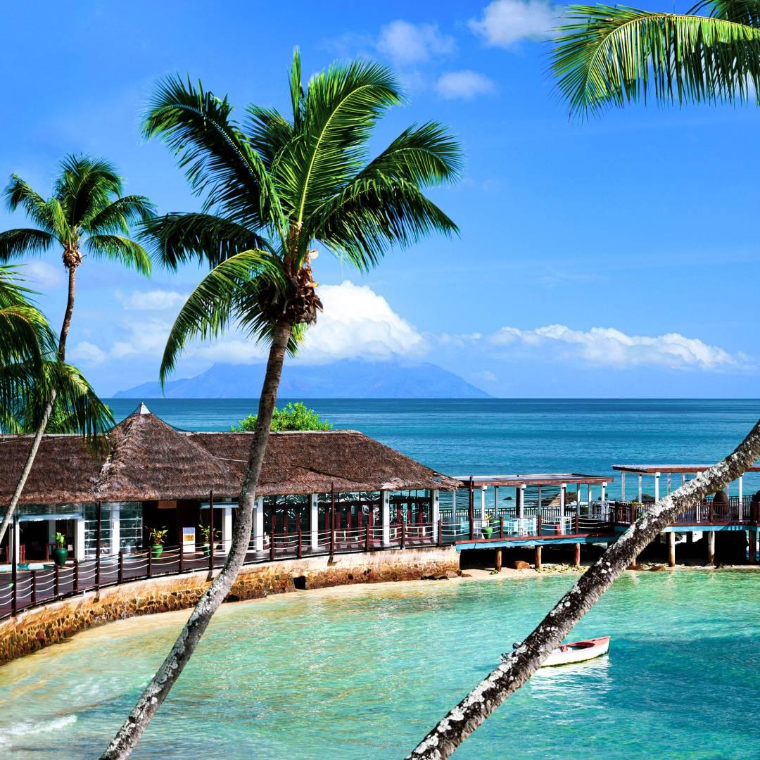 Custom-Travel-Planner-Network-8-Seychelles-Luxury-Resort-