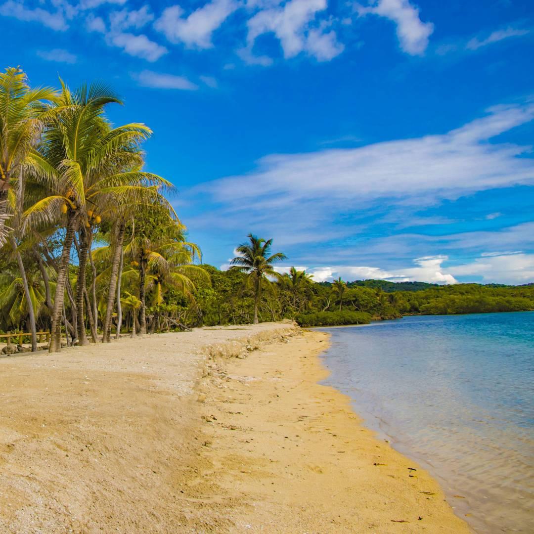Custom-Travel-Planner-Network-9-Honduras-Roatan