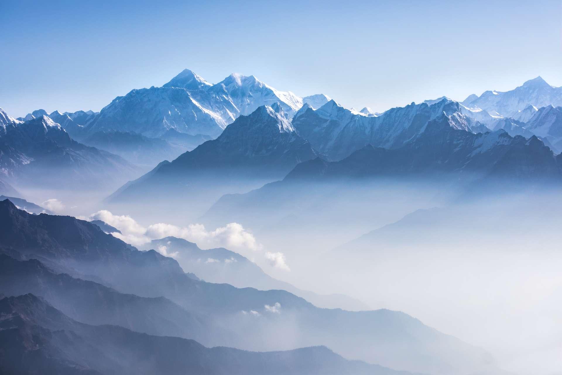 Custom-Travel-Planner-Network-Nepal-Daylight-view-Mt-Everest-