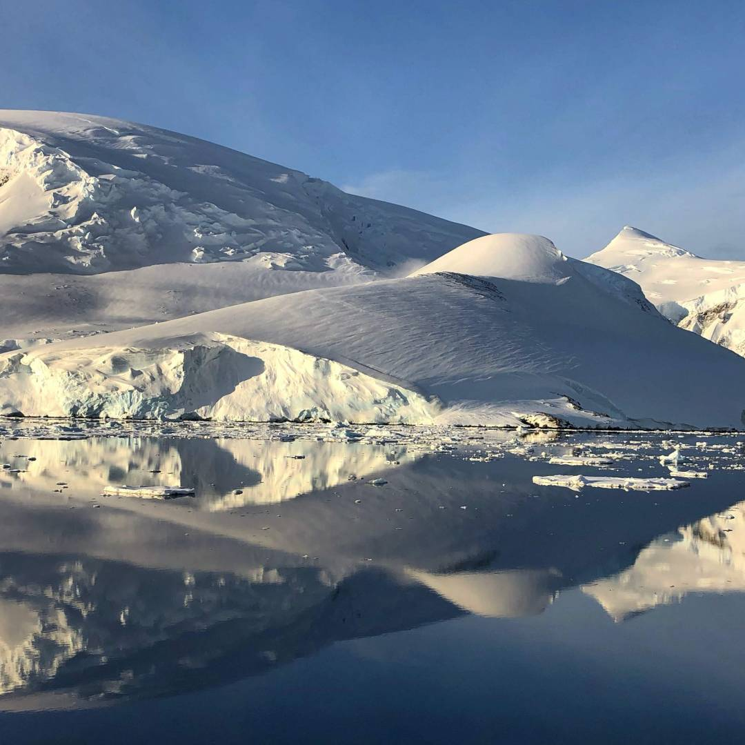 Custom-Travel-Planner-Network-1-SM-Antarctica-Ice-Floes
