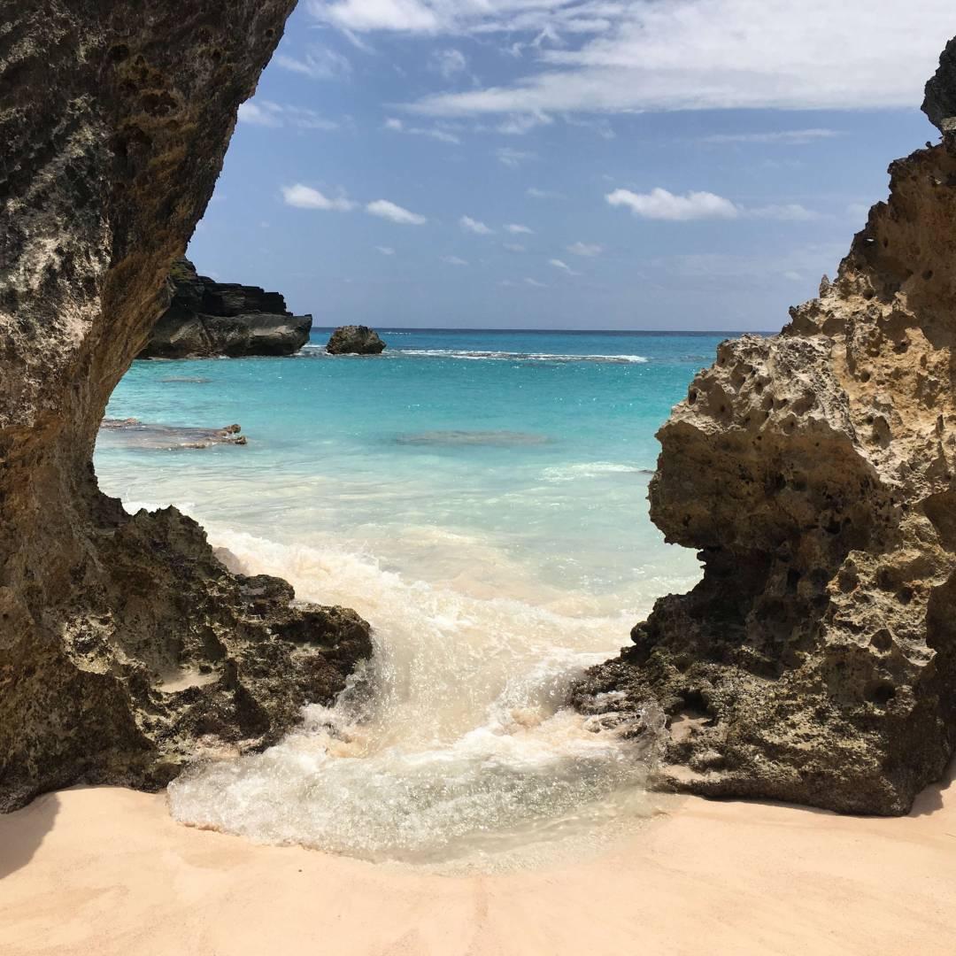 Custom-Travel-Planner-Network-1-SM-Bermuda-Horseshoe-Bay