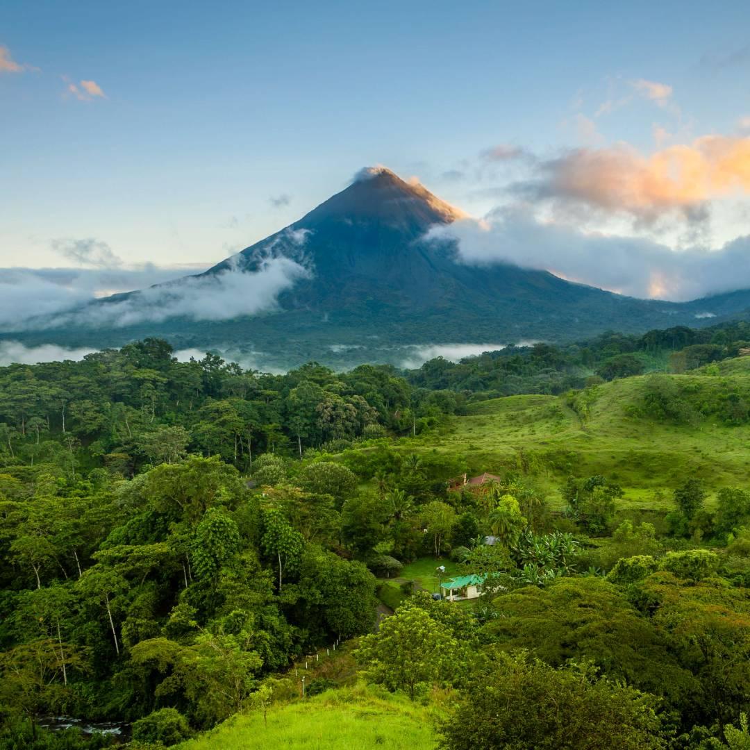 Custom-Travel-Planner-Network-1-SM-Costa-Rica-Arenal-Volcano