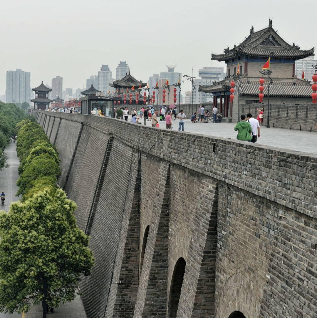 Custom-Travel-Planner-Network-10-SM-China-Xian-City-Wall