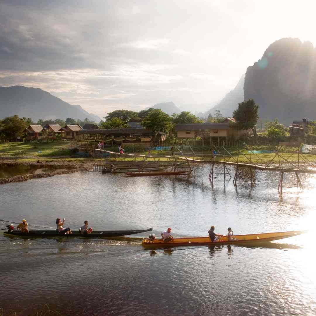Custom-Travel-Planner-Network-10-SM-Laos-Long-tailed-river-boat