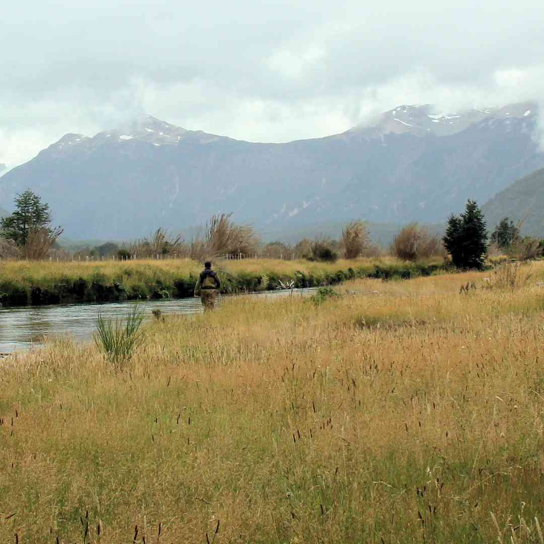 Custom-Travel-Planner-Network-2-SM-Chile-Fly-Fishing-on-River