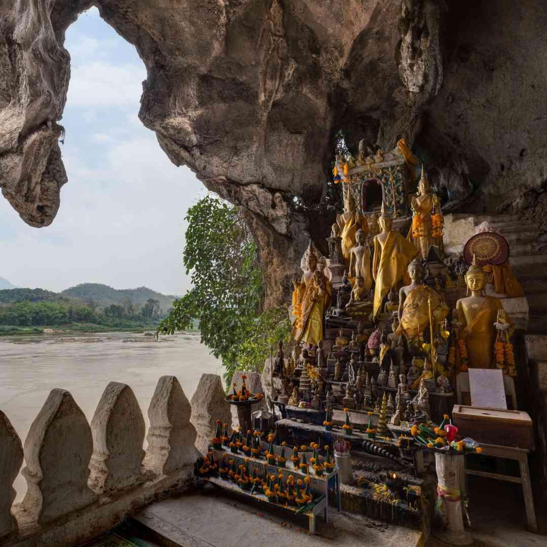 Custom-Travel-Planner-Network-2-SM-Laos-Tam-Ting-Caves