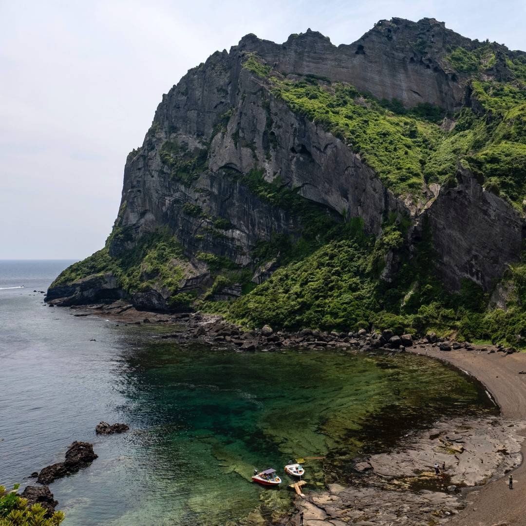 Custom-Travel-Planner-Network-3-Korea-Seongsan-Ilchubong-Jeju