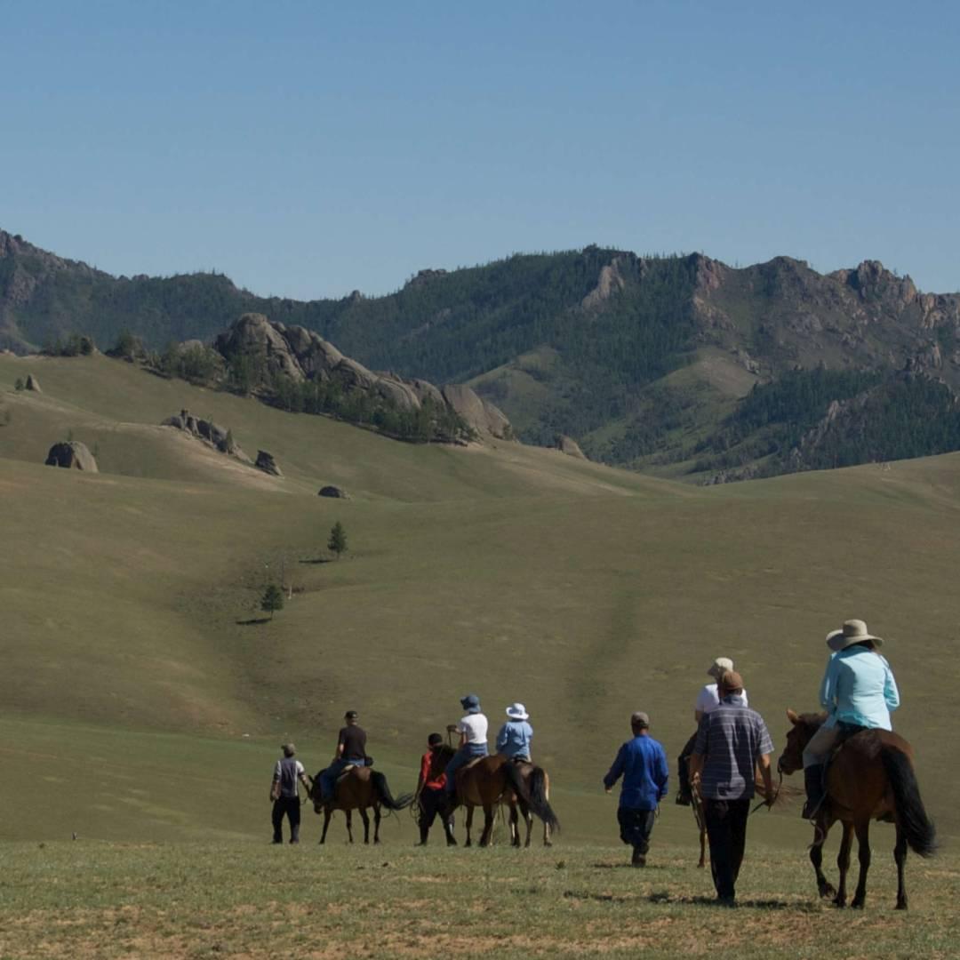 Custom-Travel-Planner-Network-3-Mongolia-Horseback-on-Steppes