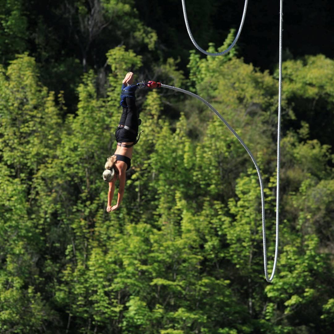 Custom-Travel-Planner-Network-3-New-Zealand-Bungee-Jumping-