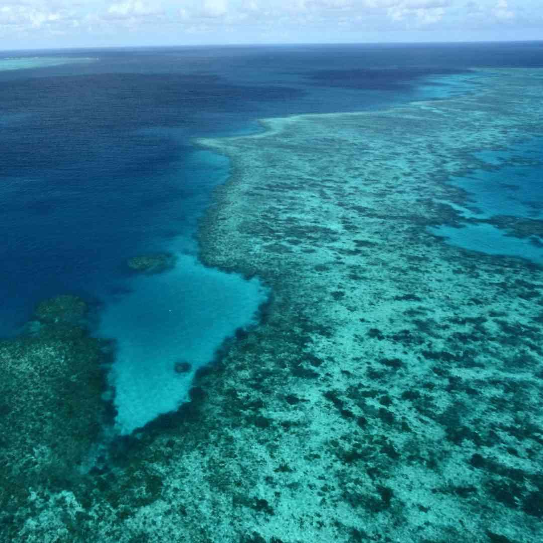 Custom-Travel-Planner-Network-3-SM-Australia-Dive-Great-Barrier-Reef