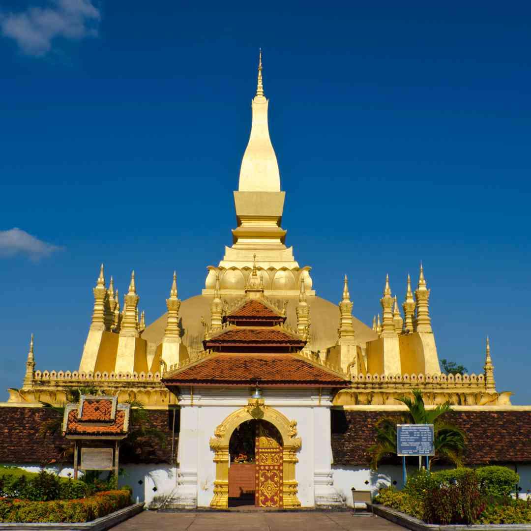 Custom-Travel-Planner-Network-4-SM-Laos-Vientiane-Stupa
