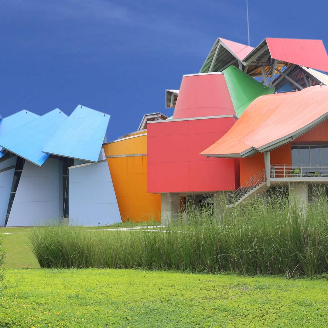 Custom-Travel-Planner-Network-5-Panama-Biodiversity-Museum