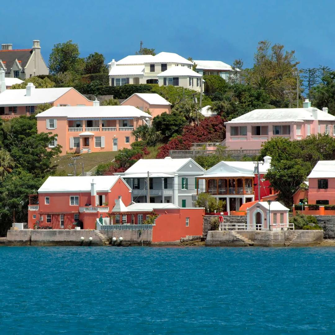 Custom-Travel-Planner-Network-5-SM-Bermuda-Colorful-Houses